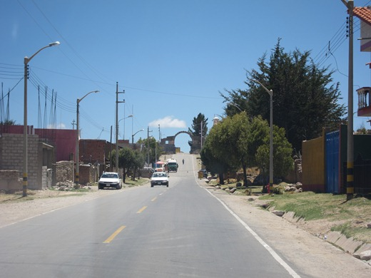 peru to bolivia border crossing