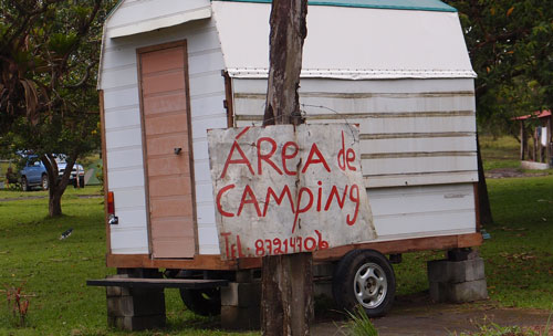 The sign in front of the Arenal campground.